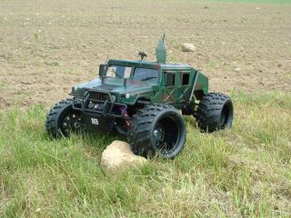 Army Monster Hummer 1:5 dunkle Tarnfarbe